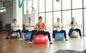 Read more about the article Is Prenatal Yoga Good for You?   Yoga During Pregnancy 2021