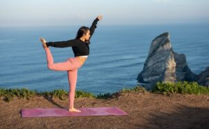 Read more about the article What is Yoga Therapy | How Does Yoga Therapy Work? (2021)