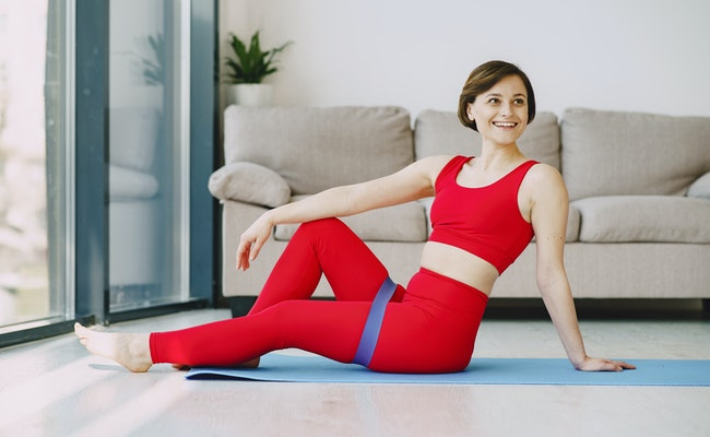 Read more about the article Is Yoga Aerobic Exercise? | A Complete Guide (2021)